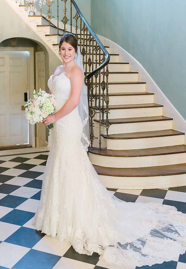A beautiful plan 4memphis magazine bride taylor farrell scott date july 18 2017 photographer lindsey lissau photography venue cedar hall dress lows bridal formal junglespirit Image collections