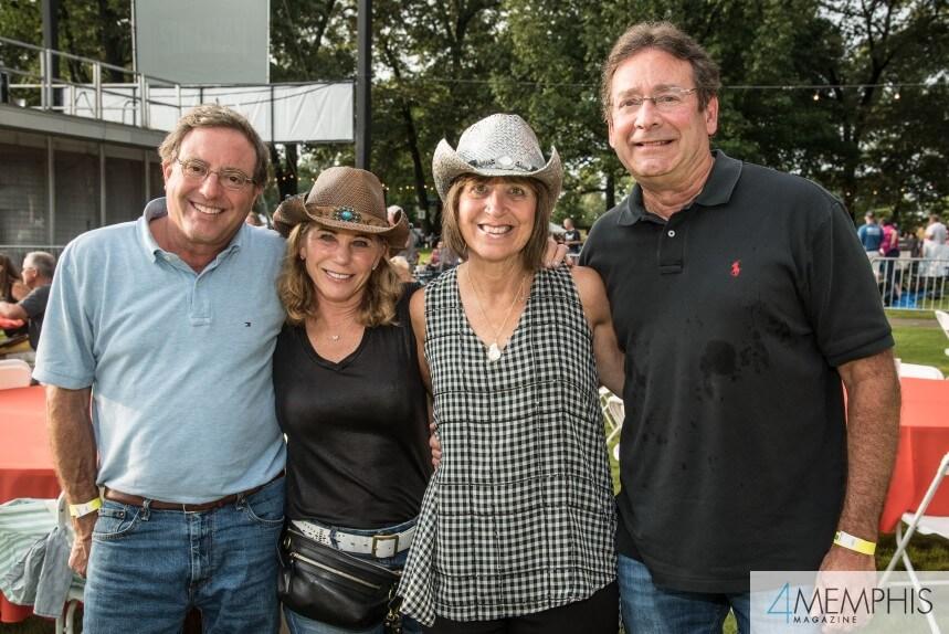 Marc & Bonnie Belz, Bari & Rick Eiseman attending Brad Paisley Live at the Garden